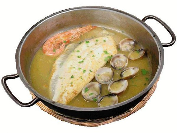 Fillet-of-Turbot-with-Prawn-and-Clams-in-the-Seafood-Sauce